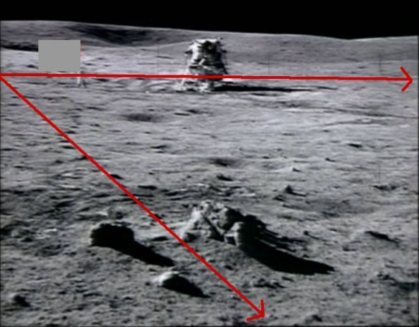A common and valid argument of the moon landing hoax is the inappropriate use of lighting for some of the photographs:
