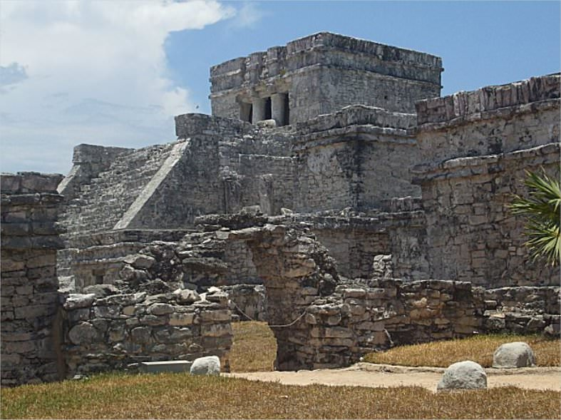 A few different angles of the Tulum ruins..