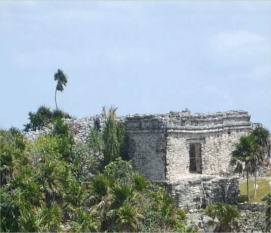 On the 3 sides of Tulum, there are towers that are slightly angled. The angling of the towers was intentionally to decrease the amount of erosion from the water and sand.