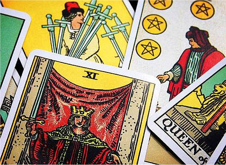 3 Easy Tarot Card Spreads in5d in 5d in5d.com www.in5d.com //in5d.com/%20body%20mind%20soul%20spirit%20BodyMindSoulSpirit.com%20http://bodymindsoulspirit.com/
