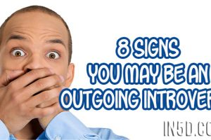 8 Signs You May Be an Outgoing Introvert